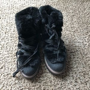 Winter boots NWOT